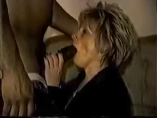 Amateur white mature wife gets bbc creampie