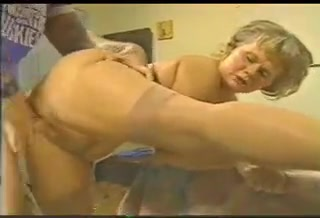 Mature mommy loves serving her son's bullies